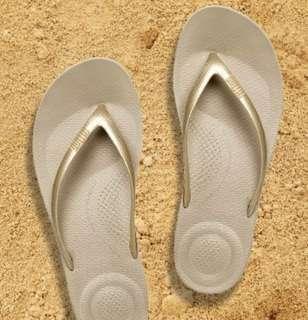 🚚 Fitflop women's sandals/ slipper