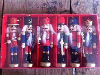 限量 訂造🎄2018 聖誕手繪胡桃夾子小士兵木質公仔 餐廳酒店家具 聖誕樹 掛飾 擺設 裝飾 禮物 Nutcracker Christmas Tree Decoration 12cm Box Set   ( 一盒六個)