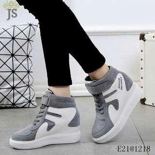 Hi-cut shoes