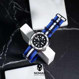 🚚 Premium Nato Strap in Blue Black White (22mm)
