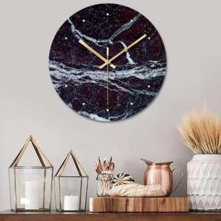 🚚 Marbled Design Clock