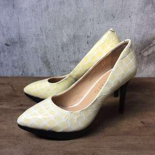 Staccato high heels
