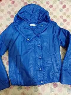 🚚 Coat