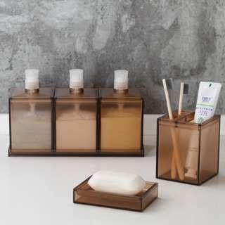 🚚 Minimalist Bathroom Set
