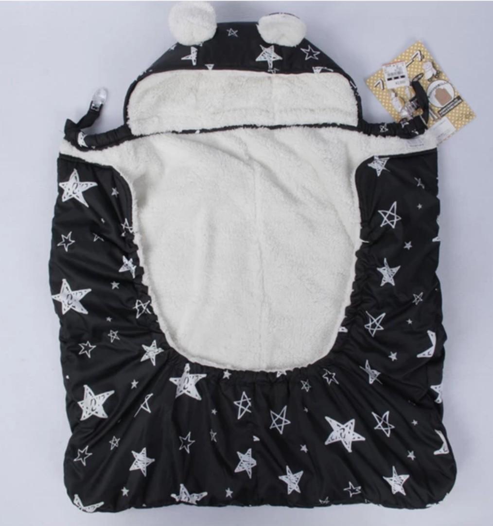 🇯🇵限量現貨🇯🇵出口日本 防水防風多用途BB車蓋氈被仔 內層絨毛 嬰兒包被 BB揹帶背帶孭帶披肩斗篷 (只有黑色星星) 全新 Combi Aprica chicco capella i-angel baby stroller