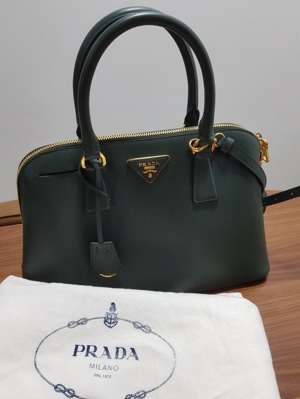 9ec7539ceefb Authentic Prada Saffiano Lux Smeraldo Bag