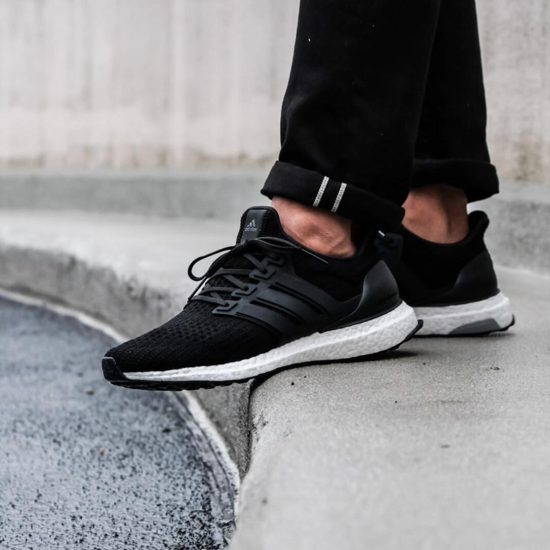 newest collection d1bac 3cb40 BNIB Adidas Ultraboost 4.0 Core Black UK 10 BB6166, Luxury ...