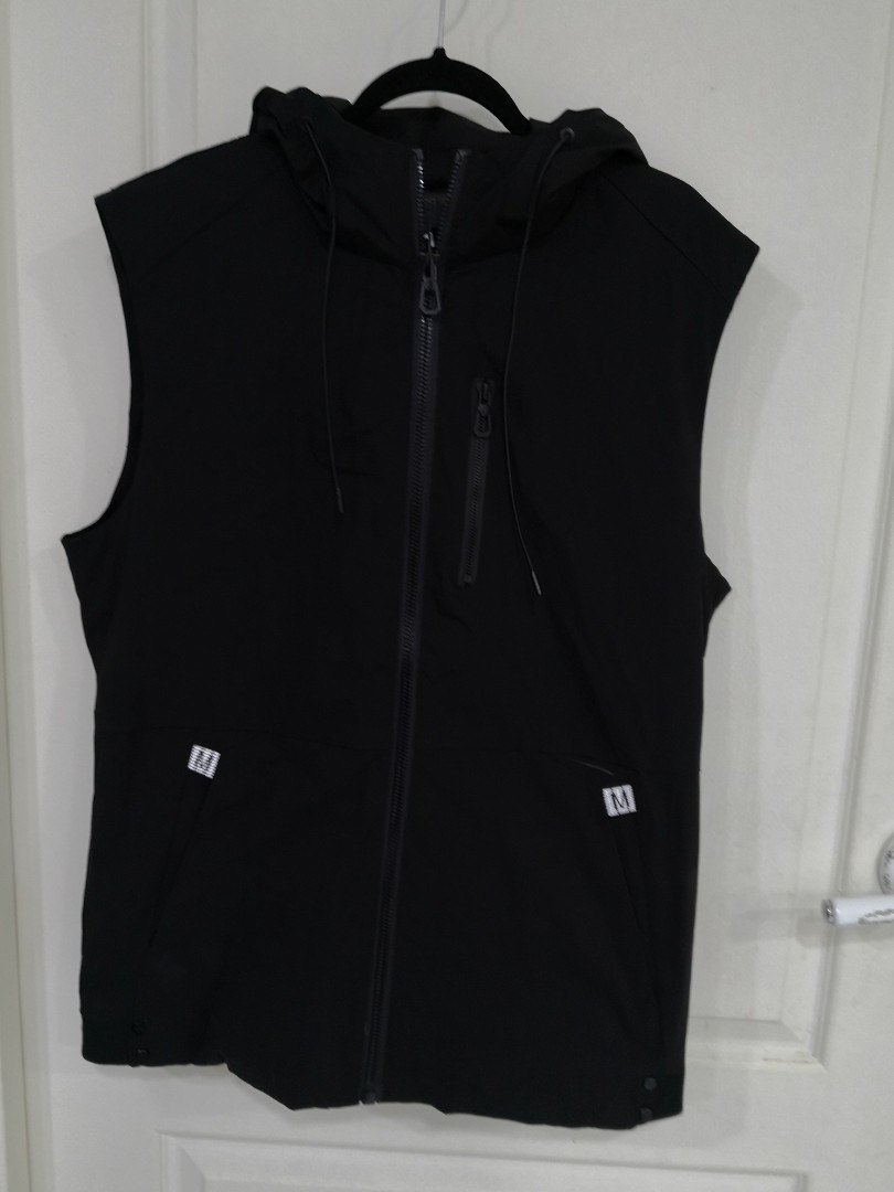 c0a5c67e Brand new Sleeveless Hoodie Vest, Men's Fashion, Clothes, Tops on ...