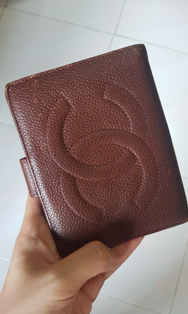 220f37c4410449 Chanel Vintage Wallet, Luxury, Bags & Wallets, Wallets on Carousell