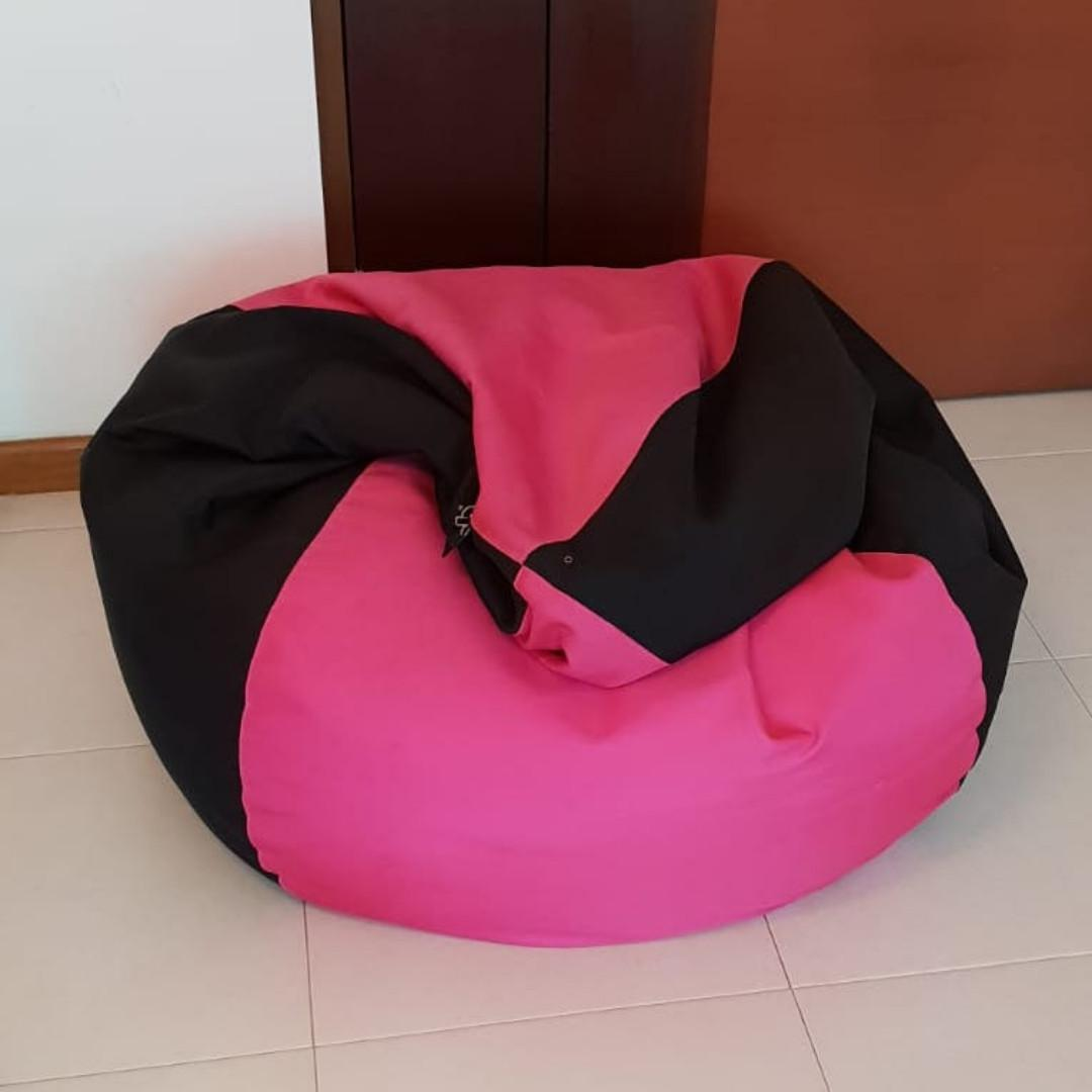 Amazing Doob Bean Bag Med Teardrop Shaped Spill Proof Bean Bag Gmtry Best Dining Table And Chair Ideas Images Gmtryco