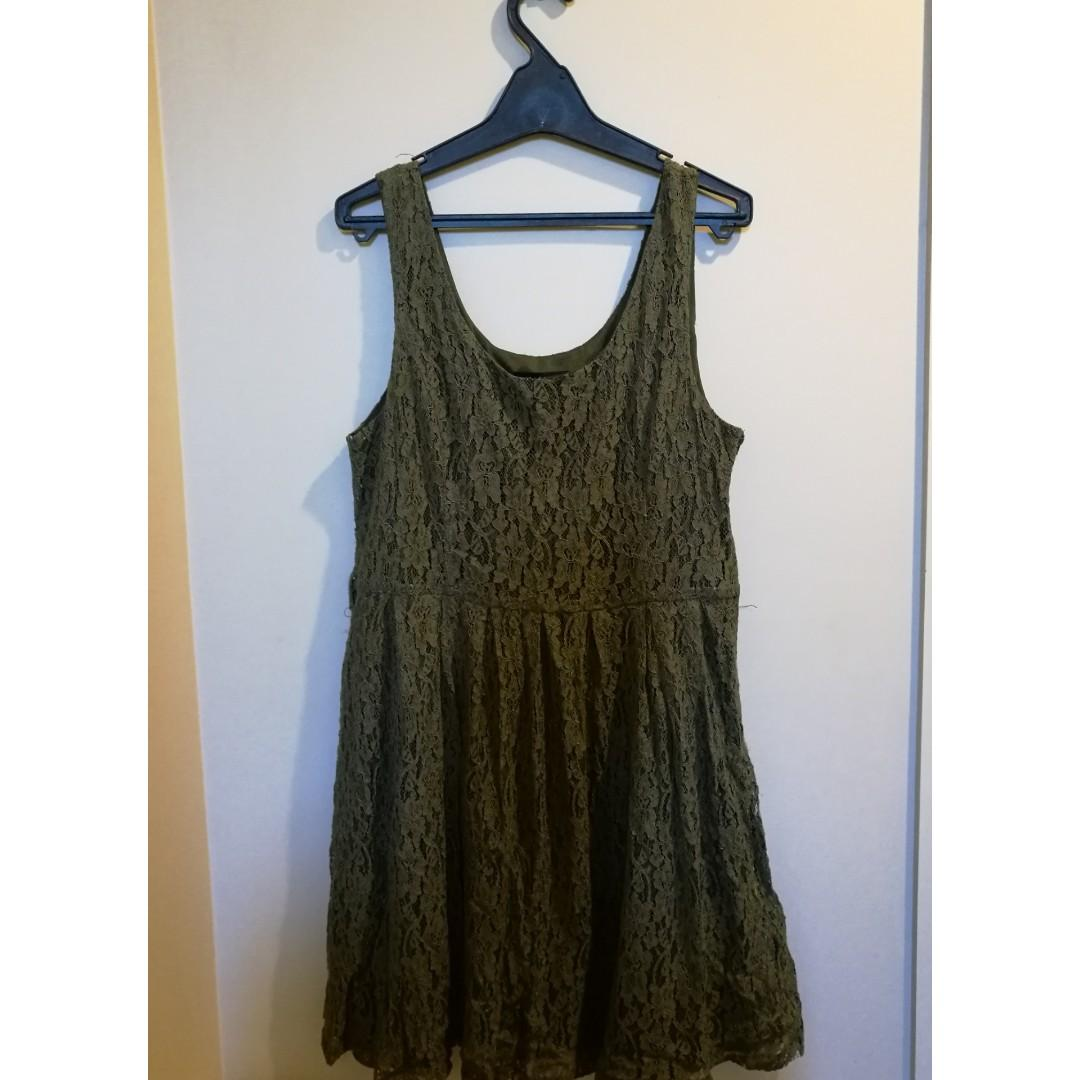 GREEN PAGANI LACE DRESS