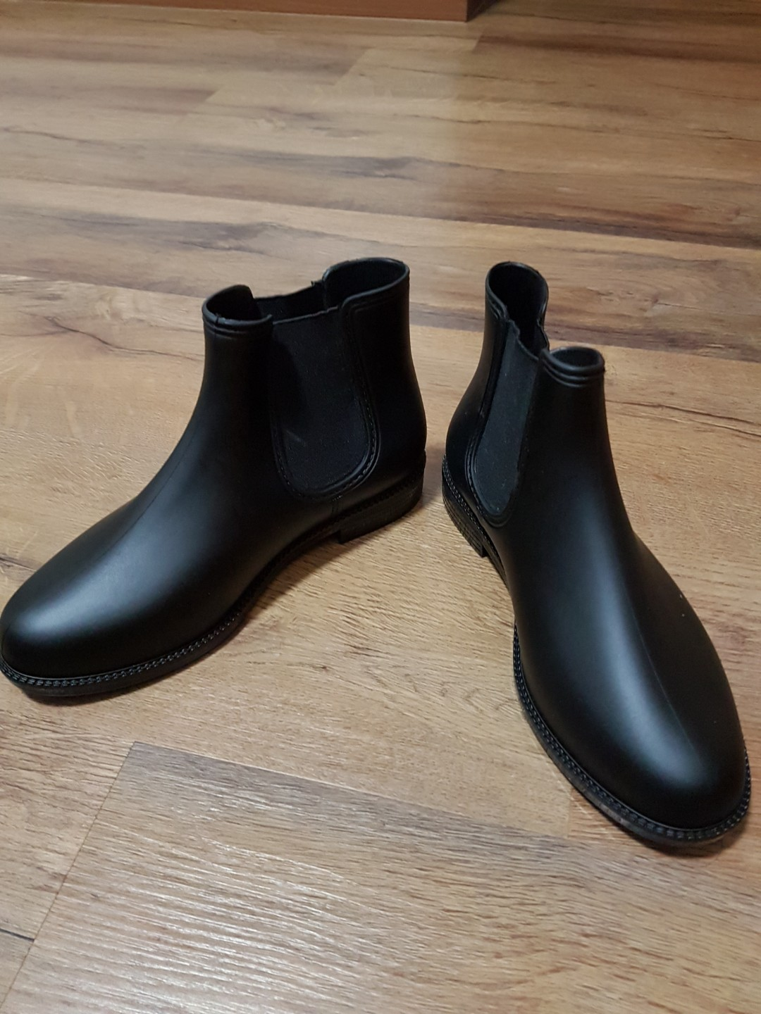 3236896e176 Ladies boots, Women's Fashion, Shoes, Boots on Carousell