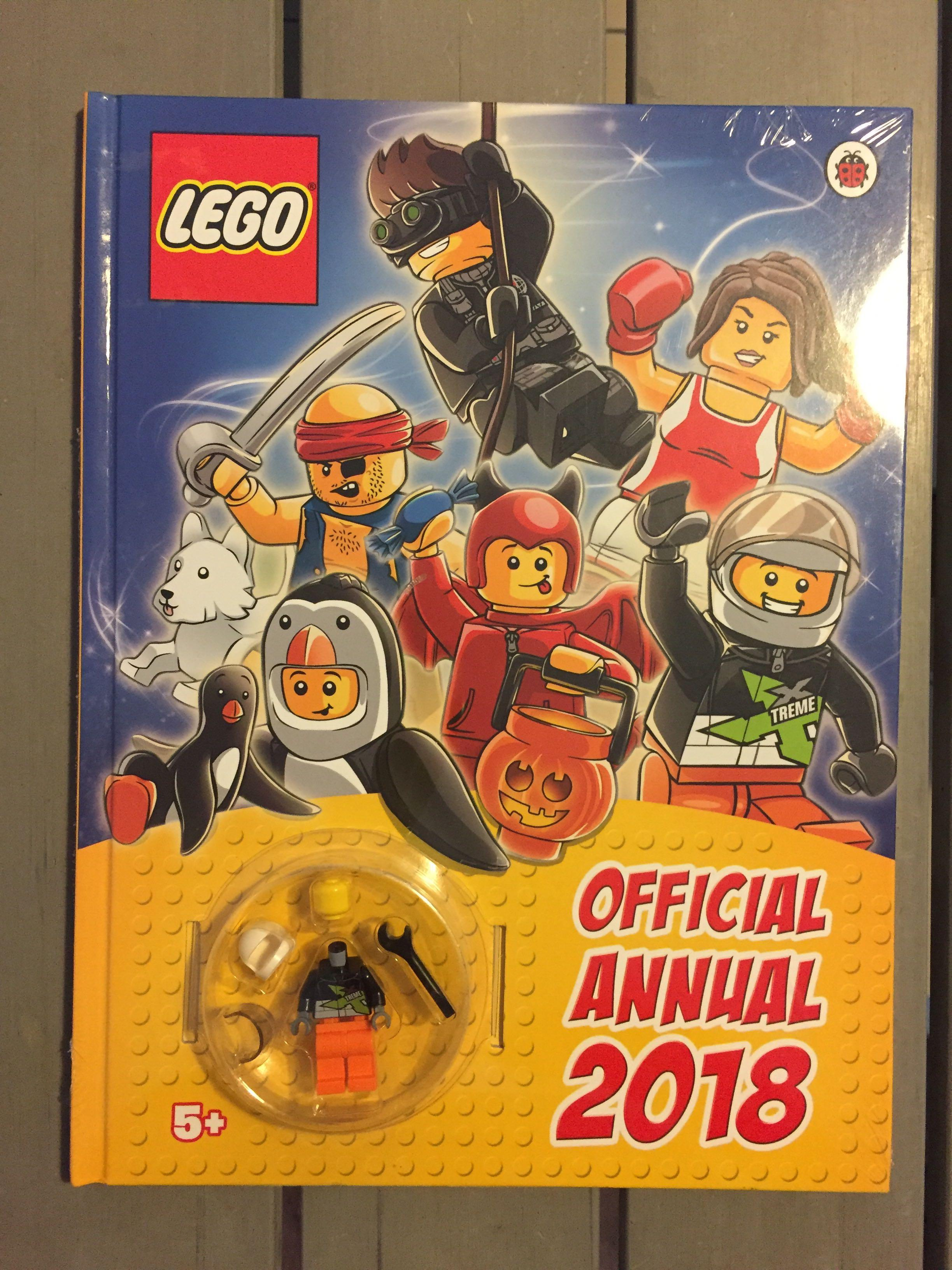 Lego Official Annual Minifigure Book new sealed