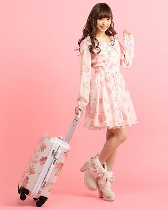 5a35e600591 Liz Lisa Japan Lucky Bag 2017 - BNWT My Melody Luggage   My Melody ...