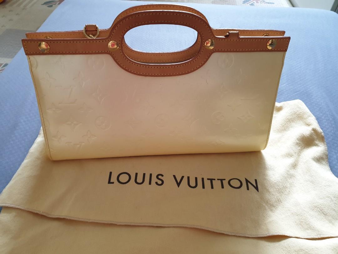 358710d78e3b Sale!!!  600 Louis Vuitton Roxbury Bag