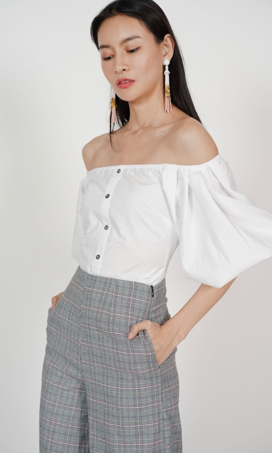 2dcc0e01e3906d MDS Puffy Sleeves Off Shoulder Top In White