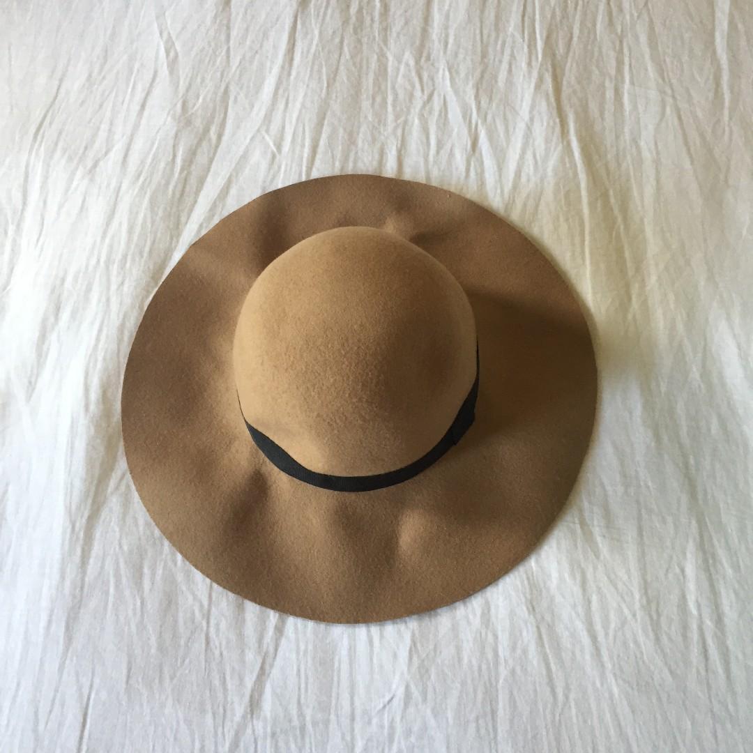 SPORTSGIRL floppy hat