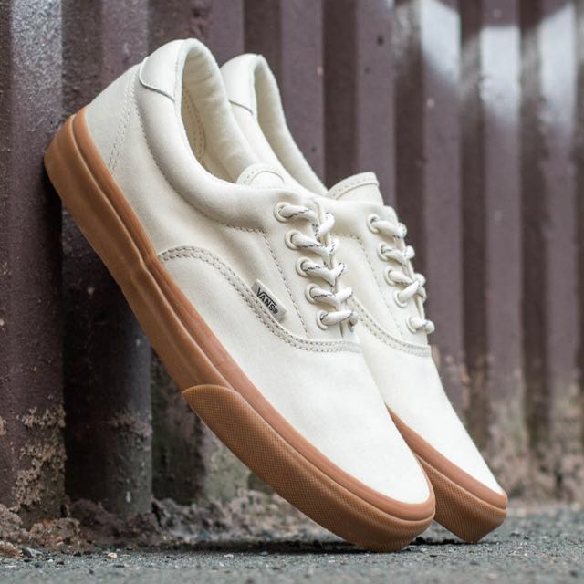9fea48a6bbd4 Vans Gumsole Era 59 Hiking True White Medium Gum