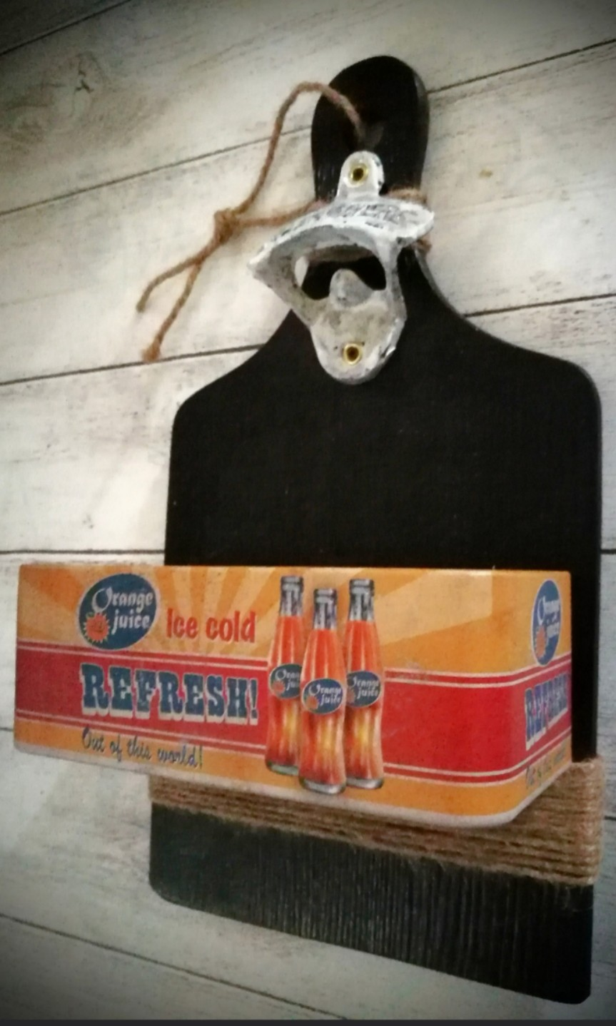 VINTAGE YANJING BEER BOTTLE OPENER