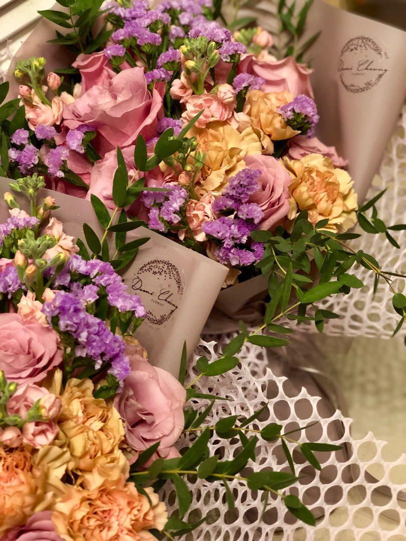 Wedding 結婚婚禮送禮花禮品,送雙方父母長輩花盒、手提花座、小型花籃、傳統花束