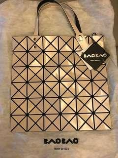 Brand New BAOBAO ISSEY MIYAKE 6x6