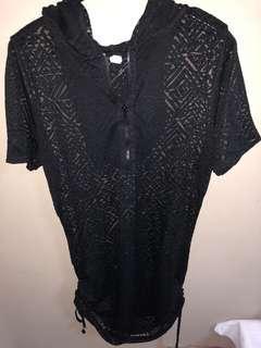 💁🏻♀️ Hooded Geometric Dress