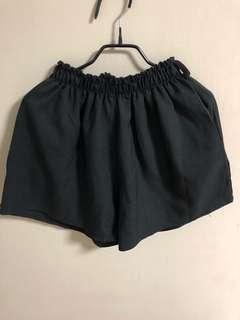 💁🏻♀️ High waisted shorts