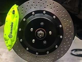 Brembo 4 Pot BBK for 18 Inch Rims