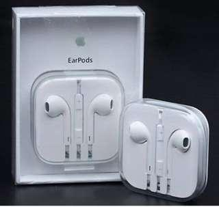 Authentic Apple earpods guaranteed solid and clear sounds