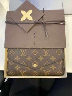 Louis Vuitton - Sarah Wallet
