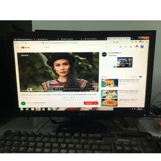 Monitor LCD 19 inci