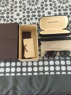 Louis Vuitton sunnies