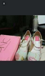 Sepatu shabby DnC