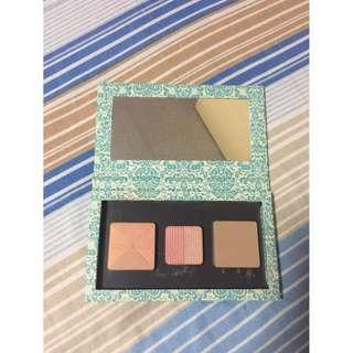 Wild Peach Magnetic Palette with Benefit pans included