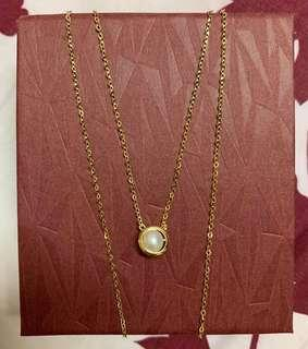 21k saudi gold with pearl necklace