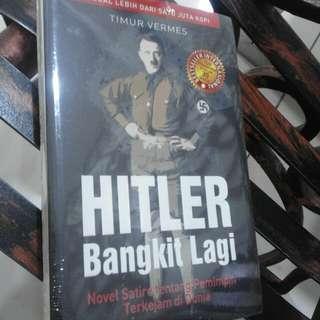 Novel hitler bangkit lagi
