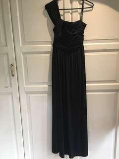 Forever new black long maxi formal dress size 6 excellent condition