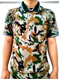 Kaos kerah motif army uk XL