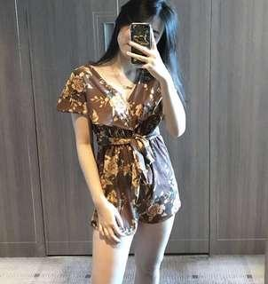 [THE CLOTHING DIARY] floral jumpsuit