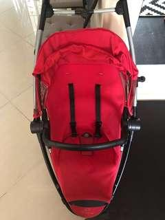 Quinny Stroller with Maxicosi infant seat.