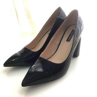 Black Patent Pointed Heels