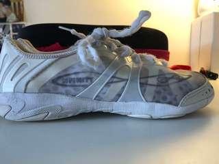 NFINITY vengeance cheerleading shoes