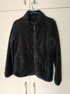 Uniqlo 黑色毛毛外套