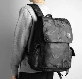 小清新 文青男子必備 靈活大空間 後背包
