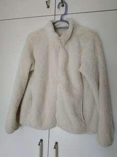 Uniqlo 白色毛毛外套