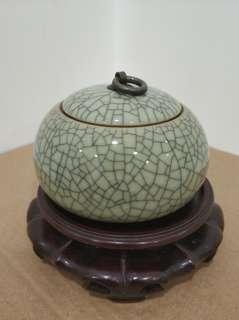哥釉茶葉罐 瓷器 (不含底座)
