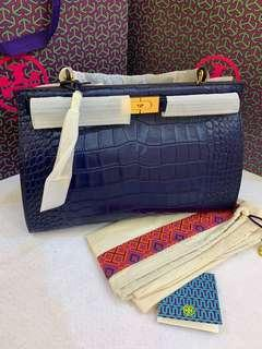 Authentic Tory Burch Lee Redzwill in embossed material