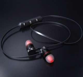 Magnetic Bluetooth earpiece headset