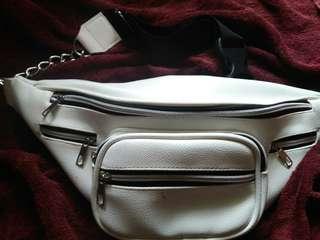 Chain Zipper Waistbag