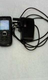 Nokia Classic + Charger